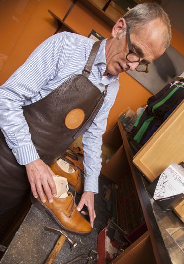 Shoerecrafting-herstelling-brugge